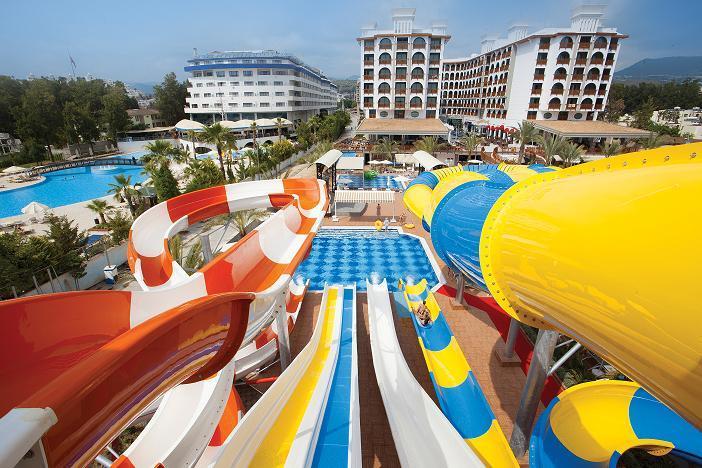 Quattro Beach Spa & Resort Hotel