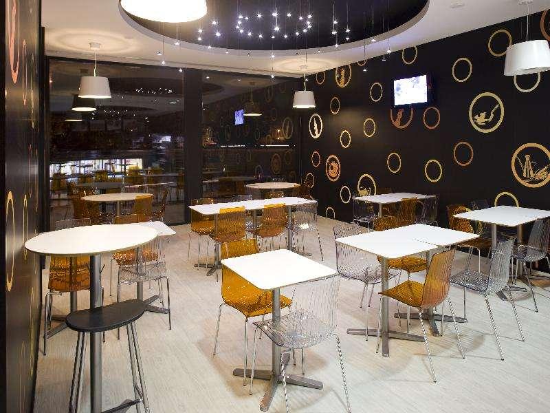 Star Inn Porto - Low Cost Design Hotel