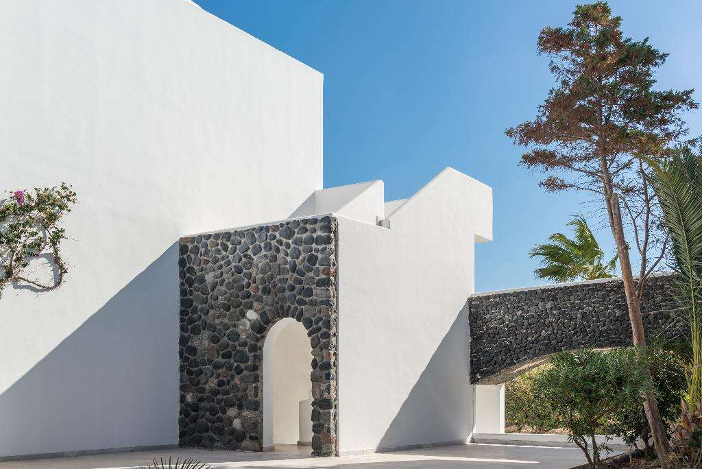 Mediterranean White Resort