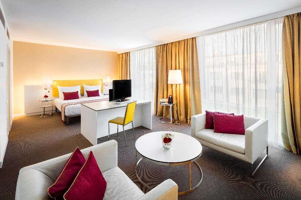 Vienna House andel's Hotel & Suites Prague