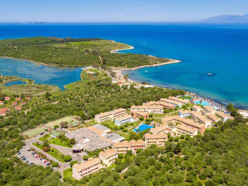 Mareblue Beach Corfu Resort
