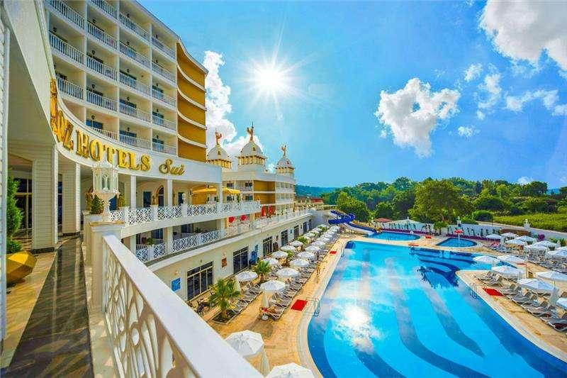 Oz Hotels Sui
